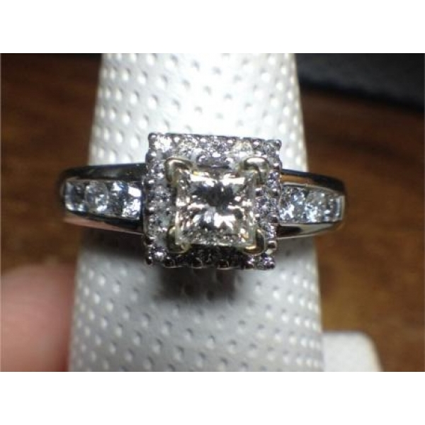 14K WG PRIN .37 CT SI-1 G-H, .50TCW SIDES ENGAGEMENT RING
