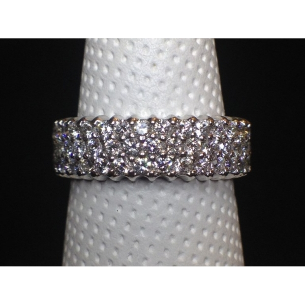 .97 CARAT TW 3 ROW BAND14K WHITE GOLD