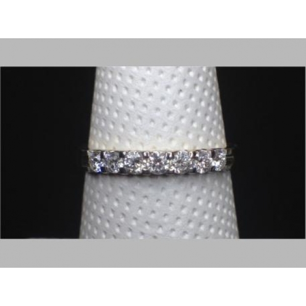 14K YG .30 TCW DIAMOND ANNIVERSARY BAND